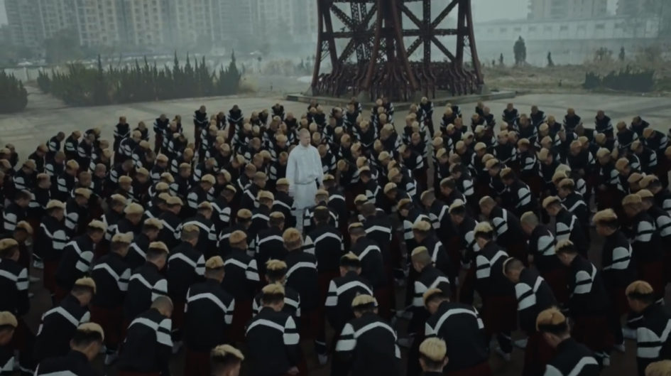 Jamie XX - Gosh (Romain Gavras Video)